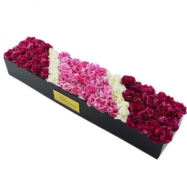 باکس مستطیلی همراه گل های تازه