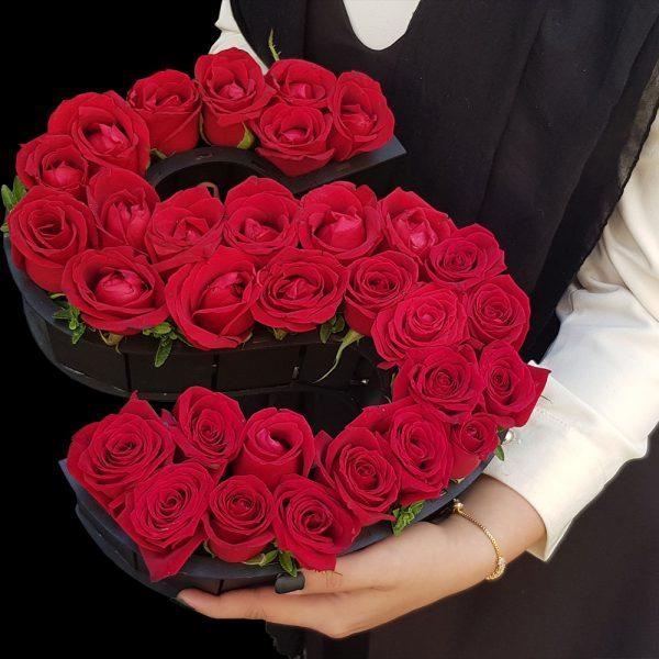 باکس زیبا گل رز قرمز حرف s