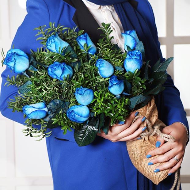 گل رز آبی زیبا